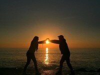 Catch the sun before it's gone (@annaf_m)